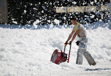 souffleuse à neige électrique -image